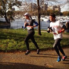 on my way to a 10K PR. thanks for the sweet photo, Mama DiGang.